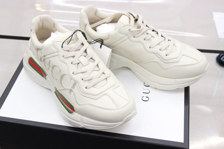 gucci-sneakers-front